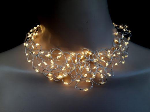 Collier Niki Bodden Lumineux LED 1
